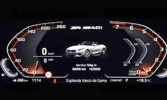 Painel de instrumentos é totalmente digital e traz sistemas de auxílio à condução(foto: BMW/Divulgação)