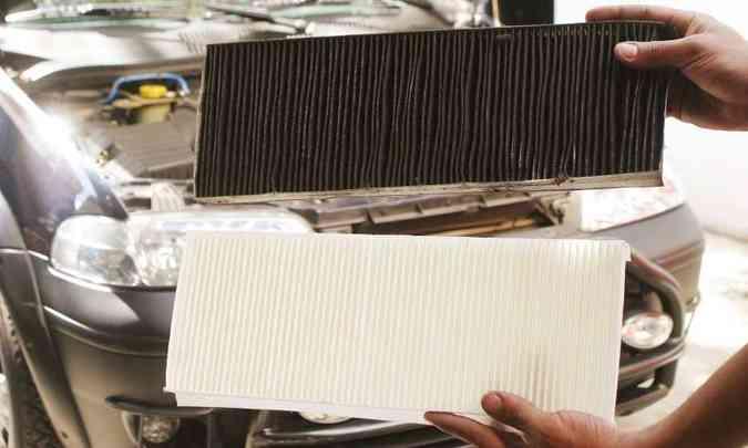A diferença de um filtro sujo para um limpo pode ser assustadora(foto: Eduardo Rocha/RR %u2013 6/4/04)