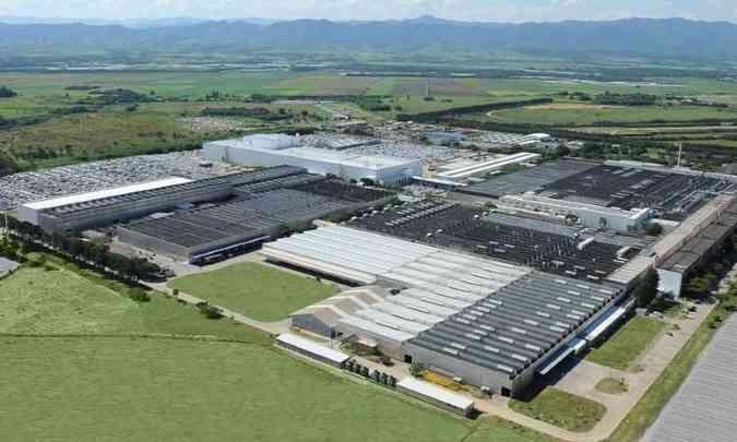 Na planta de Taubaté são produzidos o up!, Gol e Voyage(foto: Volkswagen/Divulgação)