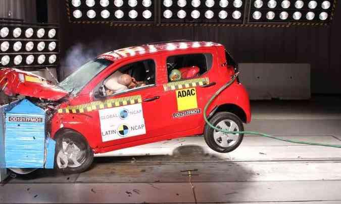 No teste de colisão frontal o resultado foi considerado apenas razoável(foto: Latin NCAP/Divulgação)