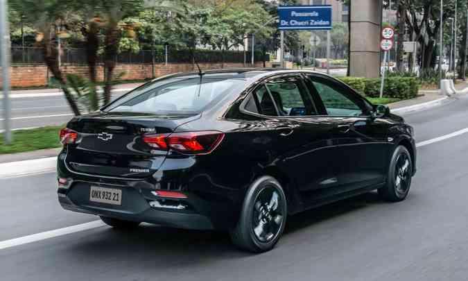 O Chevrolet Onix Plus lidera o segmento de sedãs compactos premium com 49.727 unidades(foto: Chevrolet/Divulgação)
