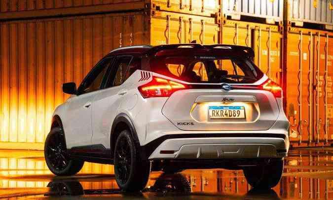 O Nissan Kicks XPlay será vendido em duas cores: carroceria em branco e teto em vermelho(foto: Nissan/Divulgação)