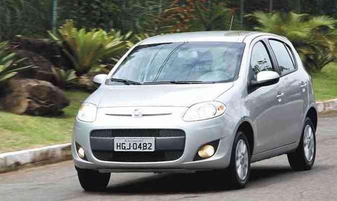 Novos motores do Fiat Palio 1.0 tem consumo mais alto do que o só a gasolina(foto: Marlos Ney Vidal/Em/D.A Press)