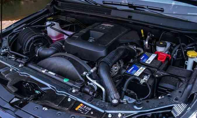 O motor 2.8 turbodiesel desenvolve 200cv e 51kgfm de torque, garantindo bom desempenho(foto: Jorge Lopes/EM/D.A Press)