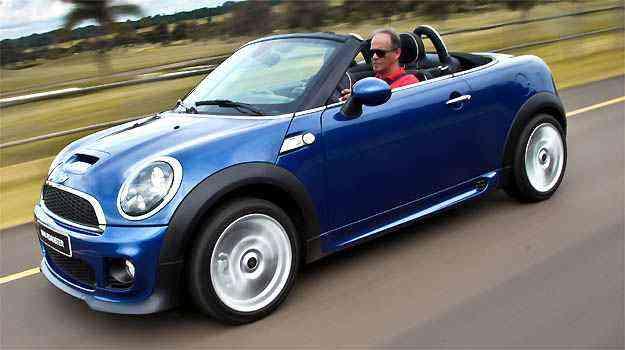 O Mini Cooper Cabrio se destaca por preservar linhas retrô - Mini/Divulgação