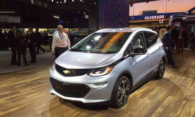 A General Motors confirmou que o pequeno elétrico Bolt chegará ao Brasil em 2019(foto: Enio Greco/EM/D.A Press)
