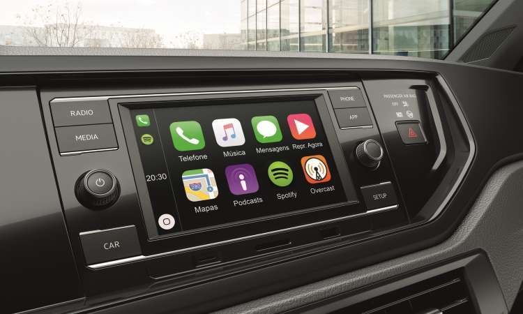 O sistema de infotainment Composition Touch traz tela colorida sensível ao toque de 6,5 polegadas - Volkswagen/Divulgação