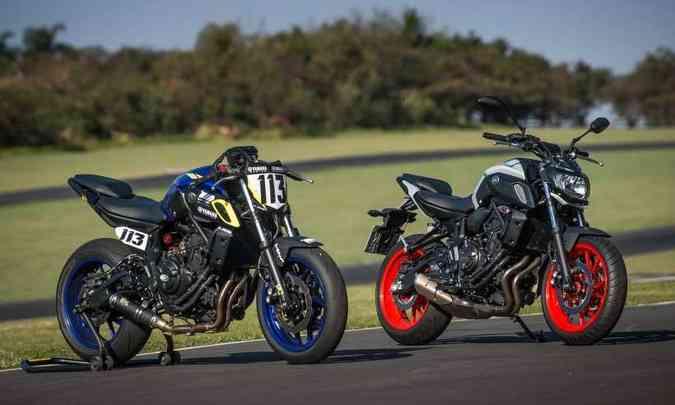 A moto vencedora e a de linha usam a mesma base, sendo ambas feitas no Brasil(foto: Gustavo Epifânio/Yamaha/Divulgação)
