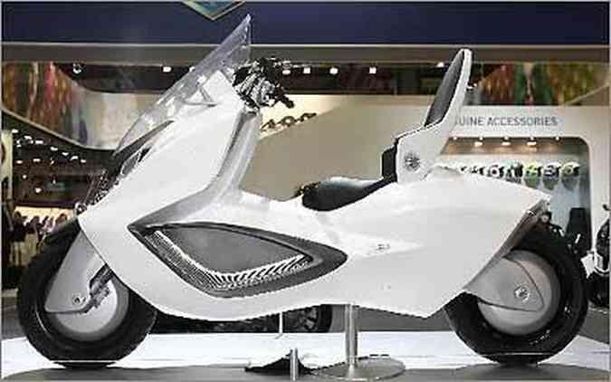 A sigla USB significa Urban Sport Vehicle, um veículo esporte urbano