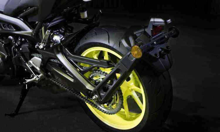 Os freios contam com sistema ABS - Yamaha/Divulgação