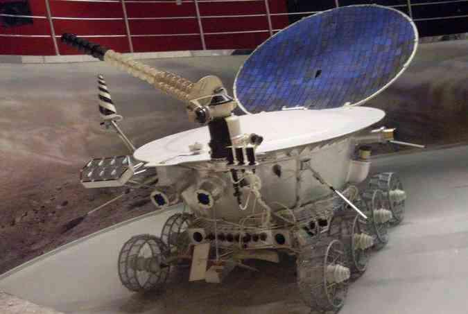 O Lunokhod 1 foi o primeiro veículo a rodar na Lua(foto: Wikipedia/Reprodução)