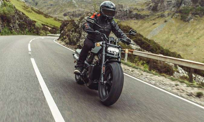 A eletrônica conta com modos de pilotagem, controle de tração e freios ABS(foto: Harley-Davidson/Divulgação)