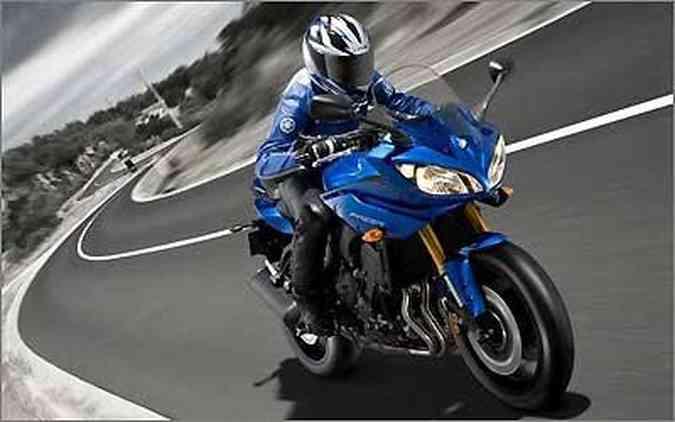 As FZ8 e Fazer8 substituem a linha FZ6 entre as médias da Yamaha