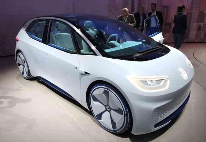 Com o I.D. Concept a VW demonstra a sua visão do futuro em relação a veículos elétricos e autônomos(foto: Daniel Roland/AFP)
