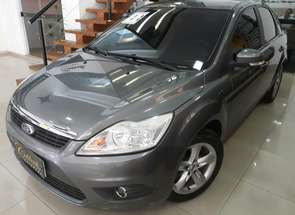 Ford Focus Sedan 2.0 16v/2.0 16v Flex 4p em Londrina, PR valor de R$ 31.900,00 no Vrum