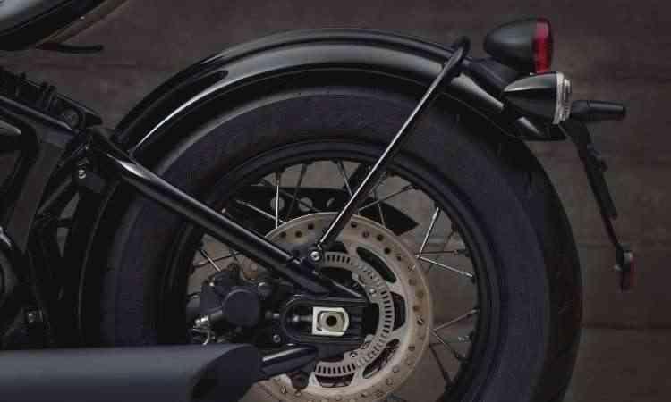 Os freios são a disco com sistema ABS - Gustavo Epifânio/Triumph/Divulgação