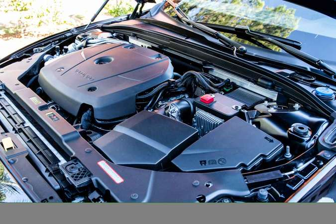 Motor 2.0 turbo tem injeção direta de combustível e gera 254cv e 35,7kgfm de torque máximo(foto: Jorge Lopes/EM/D.A Press)