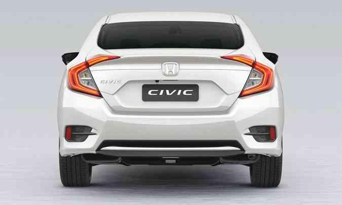 Civic 2.0 Sport agora traz inédito aerofólio na tampa traseira(foto: Honda/Divulgação)