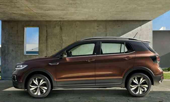 O modelo brasileiro tem distância entre-eixos de 2,65m, 88mm maior do que o europeu(foto: Volkswagen/Divulgação)