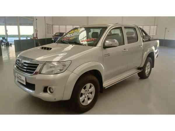 Toyota Hilux CD Srv D4-d 4x4 3.0 Tdi Diesel Aut 2014 R$ 117.990,00 MG VRUM