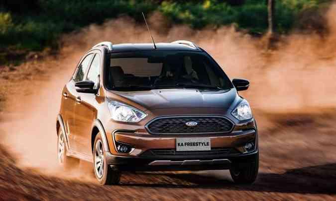 Versão aventureira FreeStyle tem alguns adereços, além de novos para-choques e faróis escurecidos(foto: Ford/Divulgação)