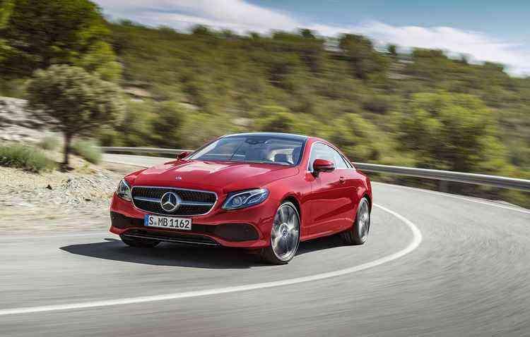 Modelo chega as concessionárias do país ano mês de outubro e apresenta uma ampla gama de itens - Mercedes-Benz / Divulgação
