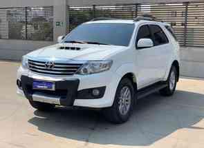 Toyota Hilux Sw4 Srv D4-d 4x4 3.0 Tdi Dies. Aut em Belo Horizonte, MG valor de R$ 159.900,00 no Vrum