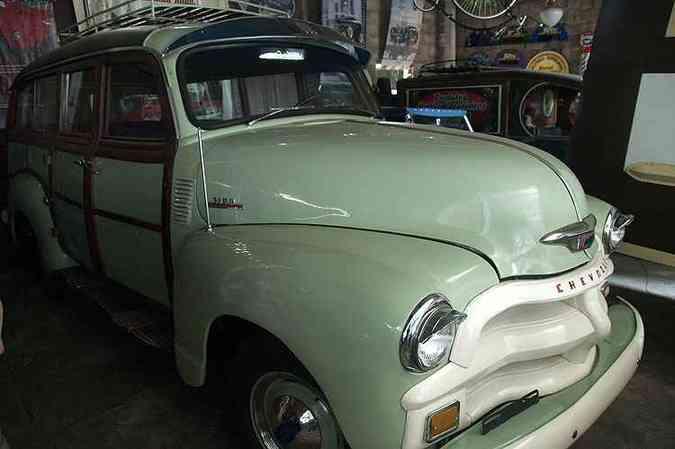 Chevrolet 1954 com carroceria em madeira(foto: Thiago Ventura/Em/D.A Press)