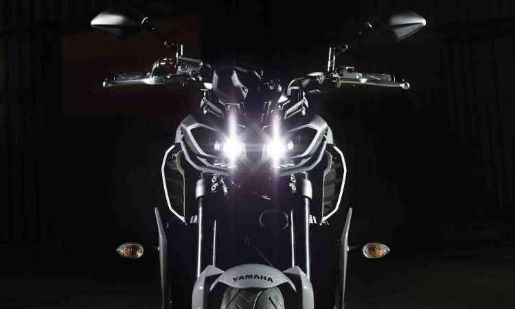 Os novos faróis são olhos com 4 LEDs - Yamaha/Divulgação