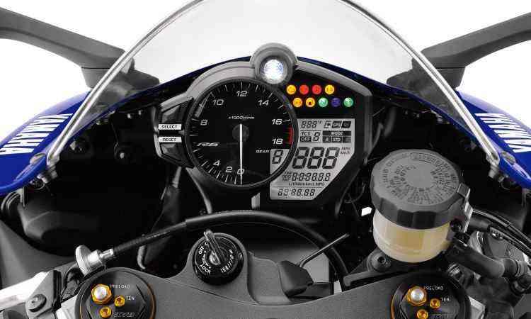 A eletrônica tem modos de pilotagem e controle de tração - Yamaha/Divulgação
