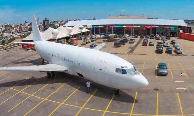 Boeing da Vasp será transformado em boate, em Contagem (foto: Fabiano Marques/Divulgação)