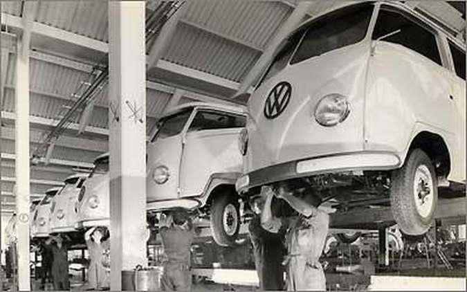 A Kombi começou a ser montada em São Paulo há exatos 50 anos atrás(foto: Volkswagen/Divulgação)