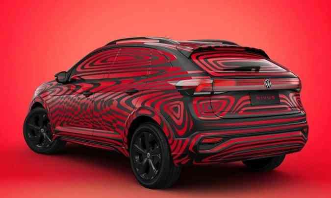 Por causa da suave descaída do teto na traseira, a VW chama o Nivus de New Urban Coupé(foto: Volkswagen/Divulgação)