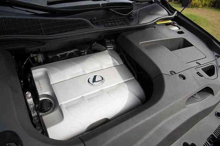 Cofre do motor é totalmente coberto - Thiago Ventura/EM/D.A Press