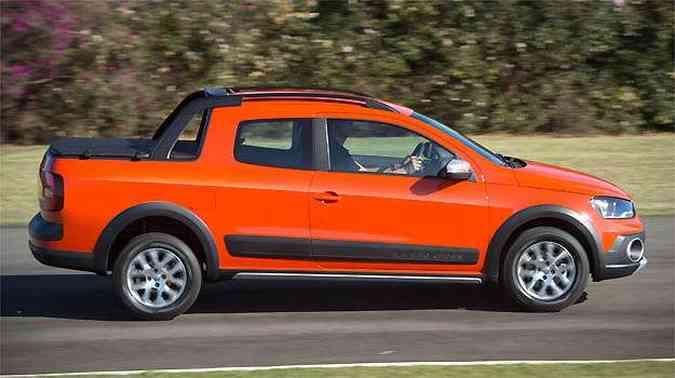 Volkswagen se preocupou em manter um visual esportivo para a Saveiro cabine dupla