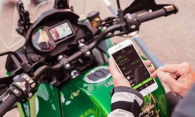 Kawasaki Versys, modelo 2019, traz aplicativo Rideology, que fornece histórico da moto e da pilotagem(foto: Kawasaki/Divulgação)