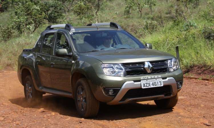 Renault Duster Oroch - Marlos Net Vidal/EM/D.A Press - 11/2/16
