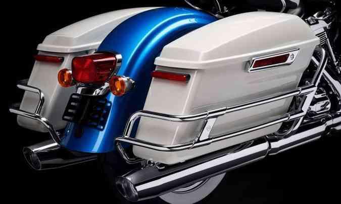 O modelo Icons Collection conserva as malas laterais, bastante providenciais em longas viagens(foto: Harley-Davidson/Divulgação)