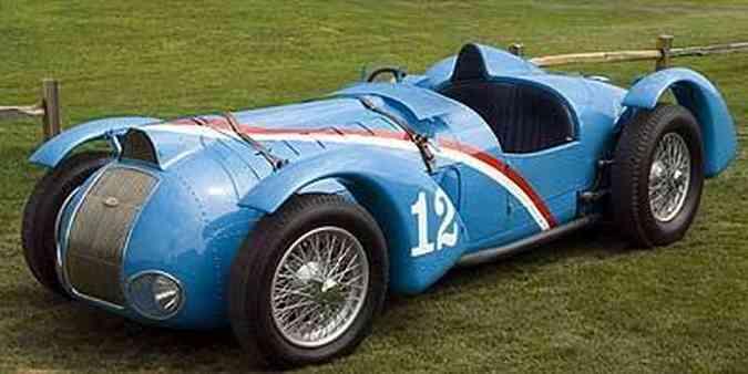 Formas aerodinâmicas contribuíram para boa performance do Delahaye em competições na década de 30(foto: Fotos: Ron Kimball Studios/Pebble Beach/Divulgação)