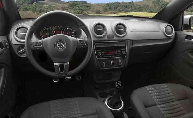 Interior da Saveiro Cross 2015 - Volkswagen/Divulgação