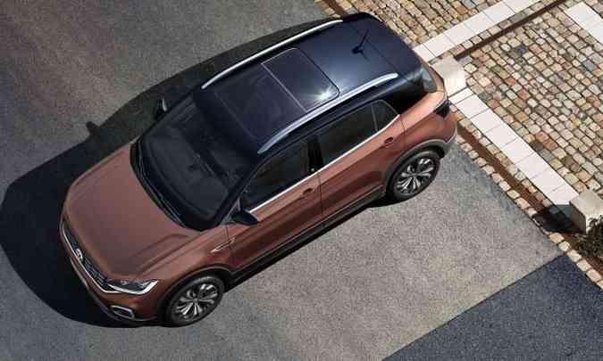 O teto solar panorâmico é um dos opcionais do novo SUV compacto(foto: Volkswagen/Divulgação)