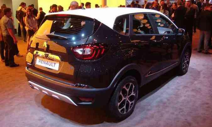 Outros tons estarão disponíveis em breve para o Captur, segundo a Renault(foto: Bruno Freitas/EM/D.A Press)