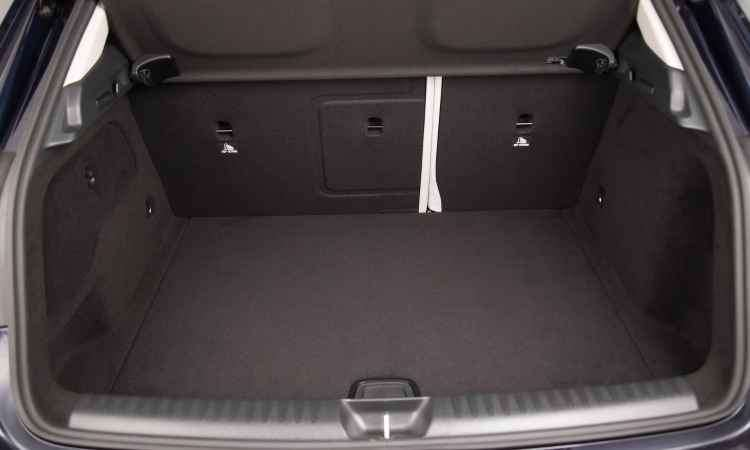 Com 421 litros de capacidade, porta-malas acomoda bem a bagagem da família - Malagrine Estúdio/Mercedes-Benz/Divulgação