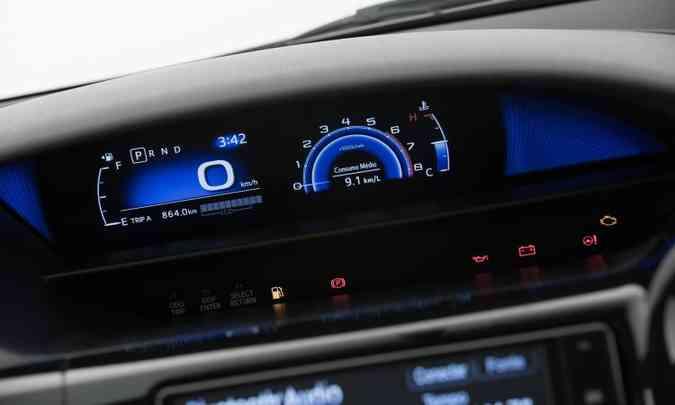 Painel de instrumentos digital Toyota Smart Screen é a grande novidade no interior(foto: Toyota/Divulgação)