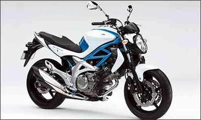 O motor, com dois cilindros em V, é o mesmo dos modelos V-Strom 650 e SV 650(foto: Fotos: Suzuki/Divulgação)