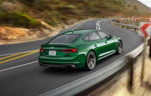 Motor disponível é um 2.9 de 444 cv e 600 Nm de torque. Foto: Audi / Divulgação -