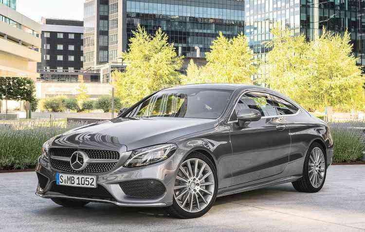 Todos os modelos da linha contam agora com câmbio automático de nove marchas - Mercedes-Benz/Divulgação