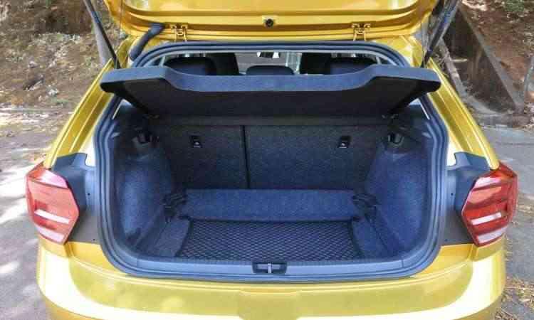 Porta-malas tem sistema de ajuste variável de espaço, mas é opcional - Jair Amaral/EM/D.A Press