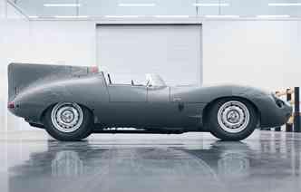Motor disponível é um XK de seis cilindros. Foto: Jaguar / Divulgação
