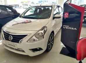 Nissan Versa Sl 1.6 16v Flexstart 4p Aut. em Varginha, MG valor de R$ 73.990,00 no Vrum